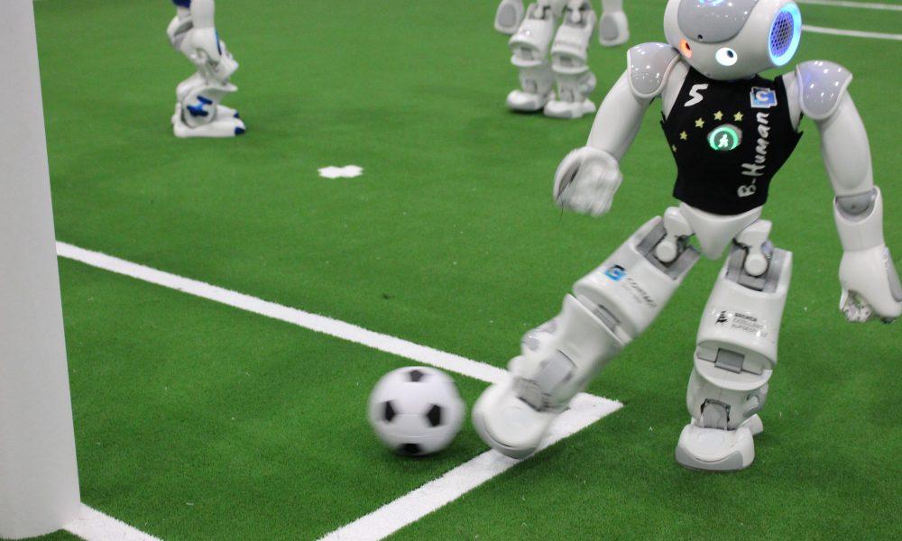 robot futball